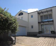 House for sale in Fernkloof Estate