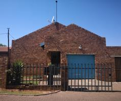 Townhouse for sale in Witbank Central