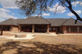 Thabazimbi Investment, Break Away Destination Modern Lodge – Kwaggasvlakte Eco ...