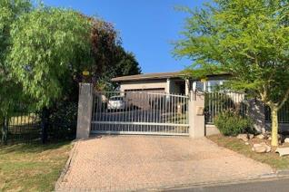 * 4 Bedrooms * 2 Bathrooms * Farm Style Kitchen * Living Room with air-conditioning * Dining Room * Large Braai room * Double Garage * ...