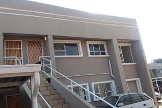 2 Bedrooms. 1 Full Bathroom. Open plan lounge. Open plan Kitchen. 1 Parking Top floor unit