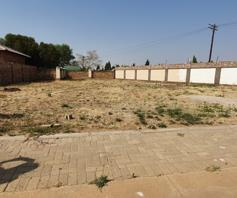 Vacant Land / Plot for sale in Baillie Park