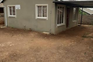 A lovely 2 bedroom stand alone house to rent in Rosslyn Gardens Ext 44. The lounge is open plan to the kitchen with a stove, oven and ...