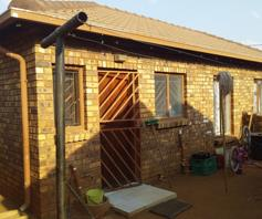 House for sale in Soshanguve VV