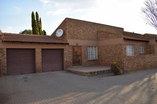 This beautiful property is situated in Witbank in the suburb of Model Park.  Featuring three bedrooms, 2 bathrooms (main en-suite ...
