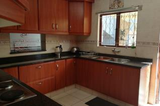 Situated in Umzinto this immaculate home or office is ideal for operating a business or dual living.  First level has a separate ...