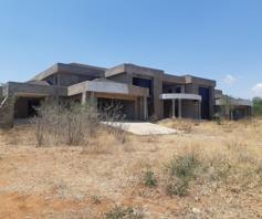 House for sale in Broadlands Estate