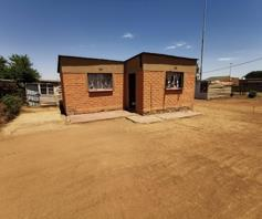 House for sale in Langaville