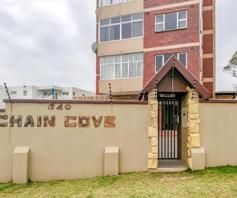 Apartment / Flat for sale in Amanzimtoti