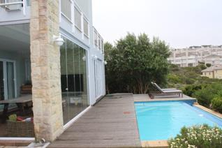 The Perfect Investment at most sought after and Secure living Golf Estate in Mossel ...