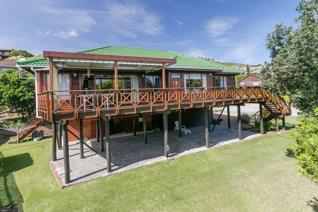 Joint mandate. This lovely property for sale in Knysna has been loved & enjoyed by the owners. The beautiful timber home has been ...