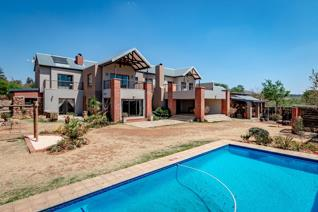 Living the Dream in this mordern Home Letamo Game Farm is situated in the Cradle of Humankind World Heritage Site, just 10 minutes from ...