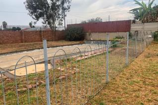 Online auction on a deceased estate situated in 16 bokmakierie street ...