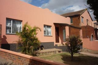 This three bedroomed home in Breidbach is complete with  bathroom , separate toilet ,  ...
