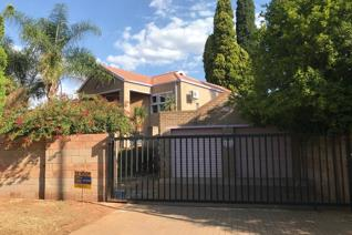 Situated in a quiet area of Pierre Van Ryneveld with easy access to the R21, this ...