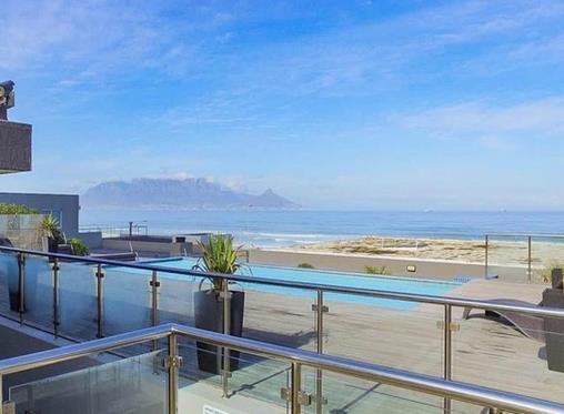 6 designer beach apartments in Cape Town's Bloubergstrand