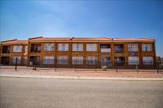 Calling all serious investors who are looking for a dynamic commercial property in Lenasia South. This commercial property comprising ...