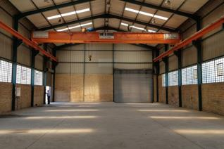 Outstanding industrial premises to rent with a 10t overhead crane. Access into the ...