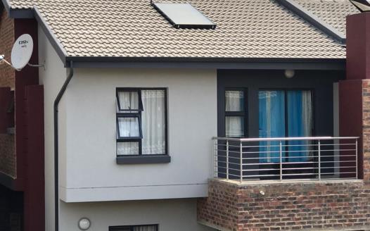 3 Bedroom Townhouse for sale in Doornpoort