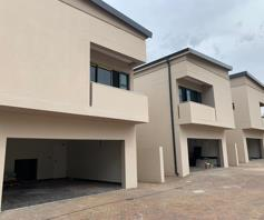 Townhouse for sale in Strathavon