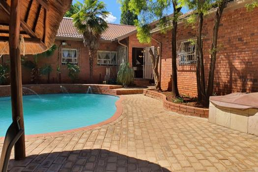 3 Bedroom House for sale in Vanderbijlpark SE 3