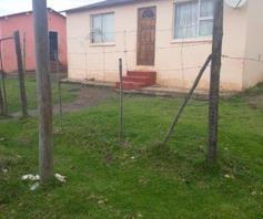 House for sale in Phakamisa