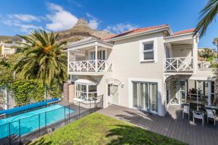 FABULOUS FAMILY LIVING  This double-storey light and bright stylish home with beautiful wooden floors and high ceilings offers an ...