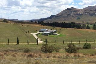 1 HA / 10000 sqm  Nazarene Estate last four stands available. In a 12 stand ...