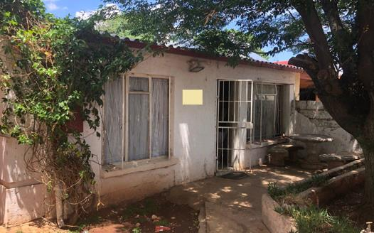 3 Bedroom House for sale in Lenasia Ext 2