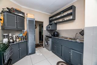 Based in the heart of Mayberry Park, Johannesburg South boasting a vast land size of ...