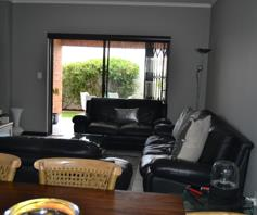 Apartment / Flat for sale in Greenstone Hill