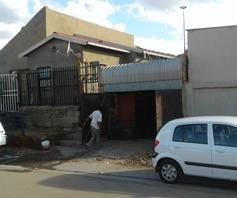 House for sale in Vusimuzi