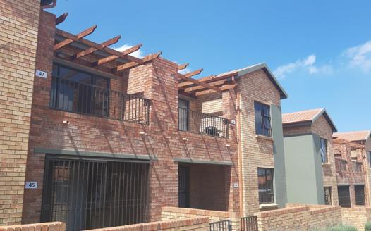 2 Bedroom Apartment / Flat for sale in Bergbron