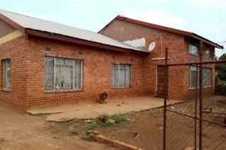The house is located next to the Giyani Stadium.