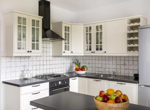 5 easy ways to update and add value to your kitchen