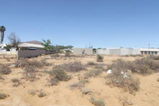 This vacant erf in Schoemansville, Touwsrivier is situated next to the N1 and there is ...