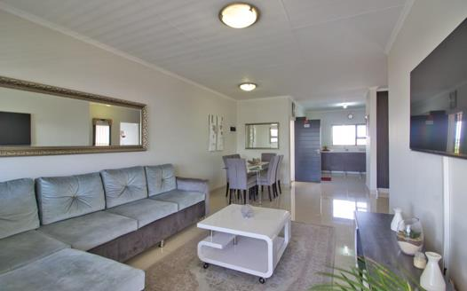 2 Bedroom Apartment / Flat for sale in Greenstone Crest