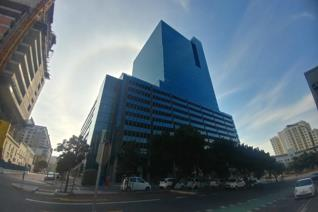 The Portside Tower, located in the nucleus of Cape Town's business and entertainment ...