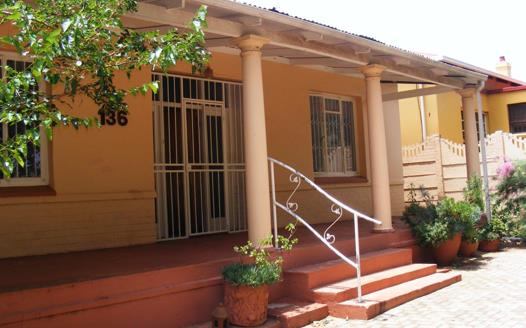 3 Bedroom House for sale in Krugersdorp North