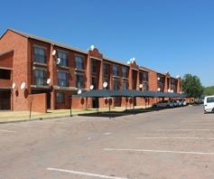 Apartment / Flat for sale in Sagewood