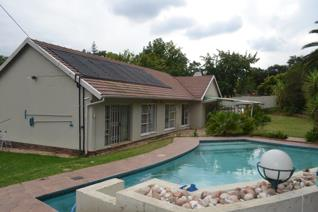 This home is ideally placed with quick exit/entry to Sandton/Rosebank & ...