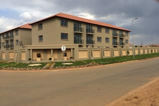 Sihle Residence is a stunning block of flats in Soshanguve East, Block VV. (Hebron ...