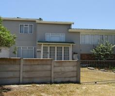 House for sale in Pearly Beach