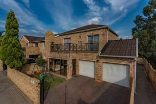Well positioned unit in Tuscany Manor II. Sunny bedrooms, 2 with shared balcony. Kitchen ...