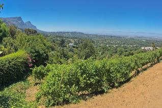 The views from this plot are breathtaking.  In your vista you have Table Mountain, the ...