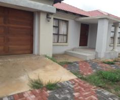 House for sale in Serala View