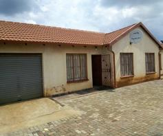 House for sale in Payneville