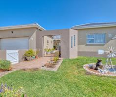 House for sale in Struisbaai