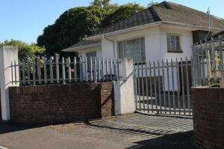 Nearby Pick 'n Pay in Boston is this spacious one bedroom with seperate bahtroom for rent. Communal kitchen, lounge and braai area. ...