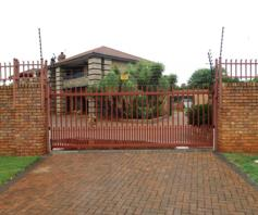 House for sale in Hartbeesfontein